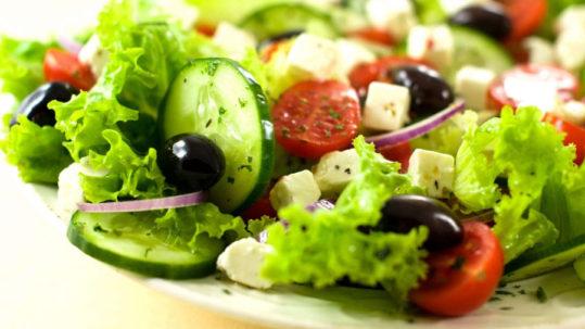 come preparare una perfetta insalata