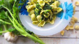 cucina sana vuol dire anche gustare un bel piatto di orecchiette con le rape