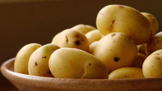 cucinare le patate senza acrilammide